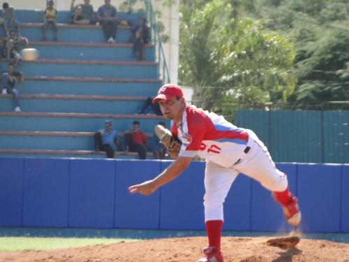 Leandro resurgió en el Barbados para prolongar la agonía de Los Tigres  / FOTO Archivo ZdS
