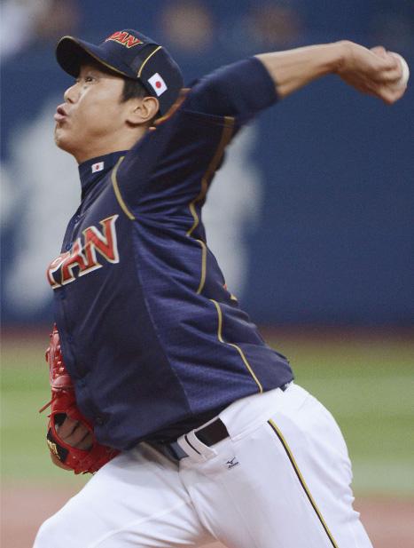 Utsumi lanzó tres entradas completas, permitió un hit y regaló un boleto