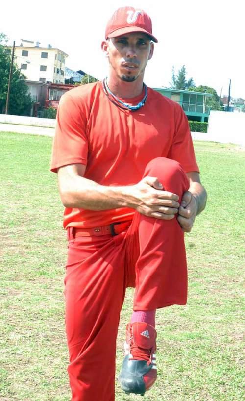 El lanzador capitalino Yasiel Lazo, quien hasta hace muy poco era miembro del equipode Matanzas que participa en la presente Serie Nacional, revela a JR sus opiniones sobre la decisión que lo desvinculó del elenco yumurino