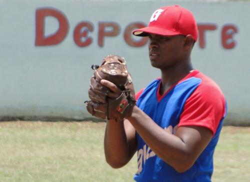 José Rodríguez Torres, lanzador equipo de béisbol de Bayamo