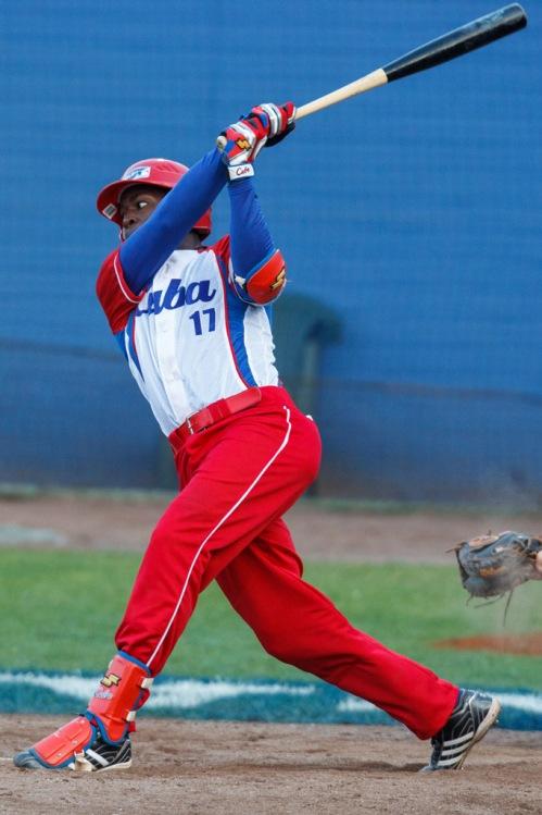 Guillermo Heredia, jardinero equipo Cuba de béisbol