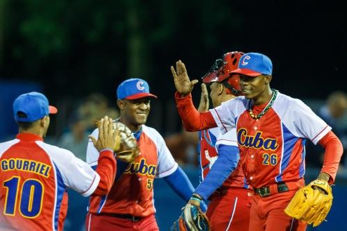 sias (DER), equipo Cuba de béisbol / FOTO Rob Jelsma