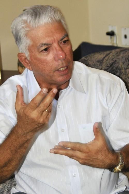 """/ FOTO José Raúl Rodríguez Robleda Ver más: Jorge Fuentes: """"no tengo alma de esclavo"""" http://www.trabajadores.cu/20140518/jorge-fuentes-tengo-alma-de-esclavo/"""