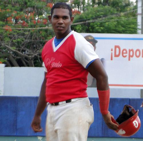 El riocautense Lázaro Cedeño es el líder en average (462) y en cuadrangulares (6) en el torneo / FOTO ZdS