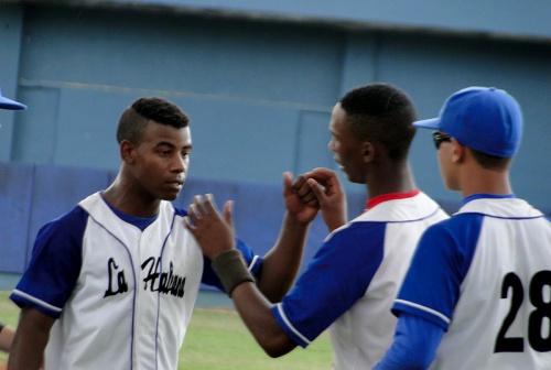 Lesdian Coello Espino, lanzador La Habana