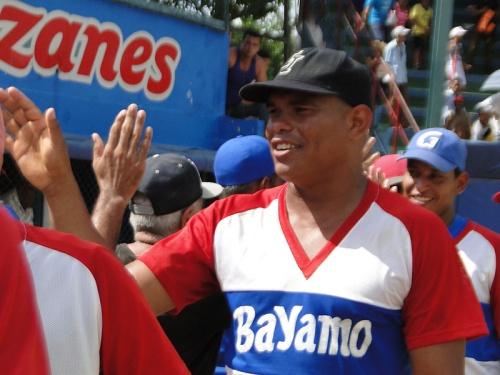 Samón Matamoros defini'o el partido a favor de los locales / FOTO ZdS