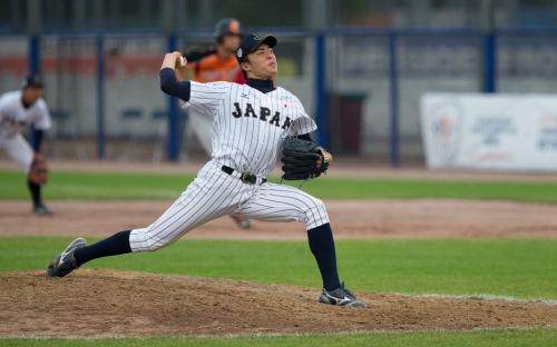 Tanaka tiró nueve entradas completas en las que ponchó a 12 rivales, permitió una carrera sucia, tres hits y solamente regaló un boleto / FOTO Arthur van der Velde