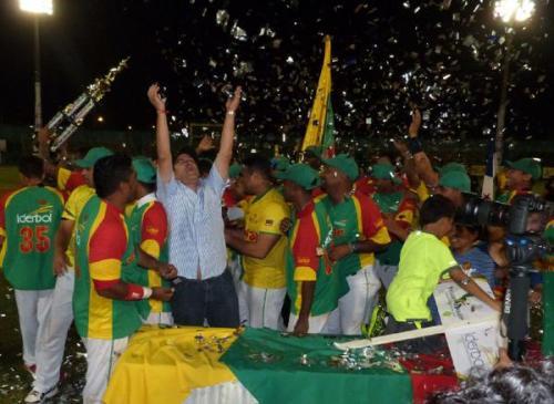 Los locales se proclmaron campeones al vencer a Cuba y Panamá