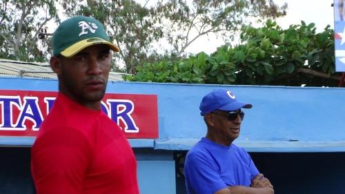 Adrián Moreno Rondón y Adalberto Fonstecilla