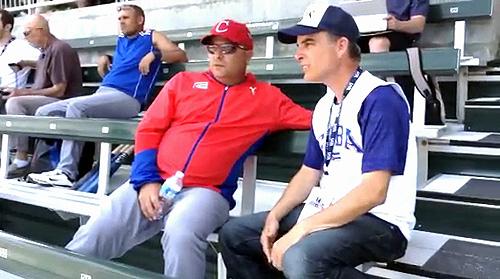 Roger Machado aprovechó para ver un partido del Tope USA-Taipei de China