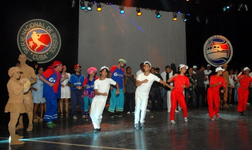 Celebran Primera Gala del Béisbol de la provincia de Granma,  en el teatro Bayamo de la ciudad homónima, Cuba, el 6 de junio de 2015. AIN FOTO/Armando Ernesto CONTRERAS TAMAYO/sdl